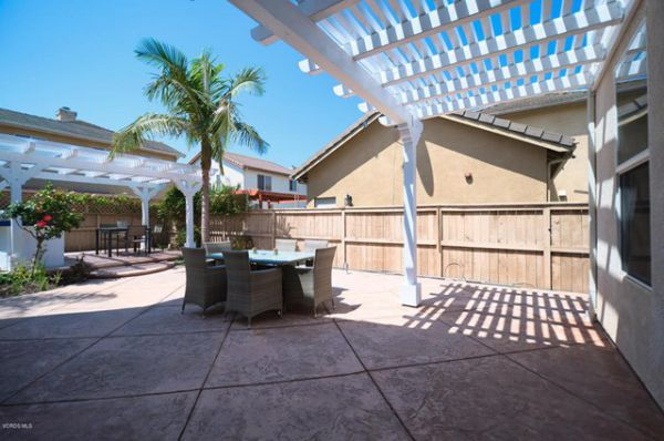 600 Ocotlan Way, Oxnard CA: