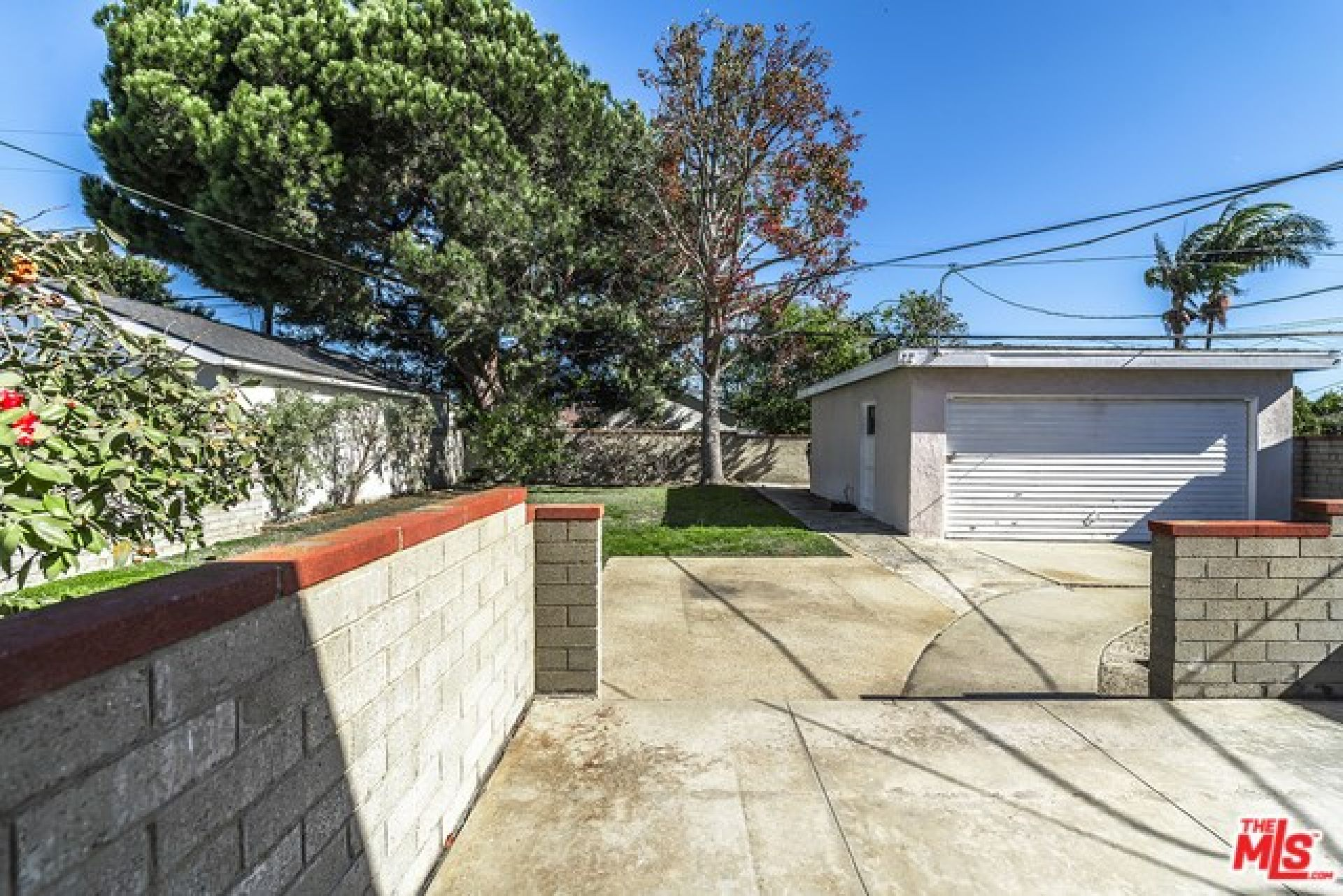 7944 STEWART Avenue, Los Angeles CA: