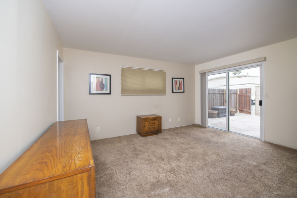 4930 Dolphin Way, Oxnard CA: