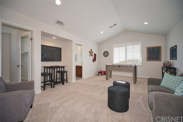 29321 Hacienda Ranch Court, Valencia CA: