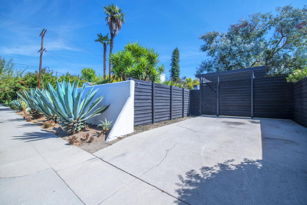 4236 Alcove Avenue, Studio City CA: