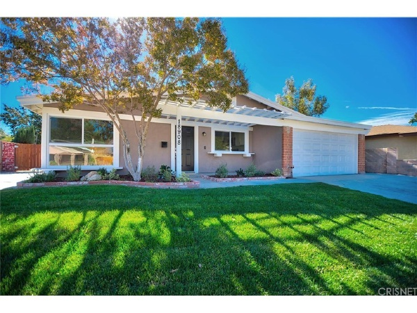 18908 Claycrest Drive, Canyon Country CA: