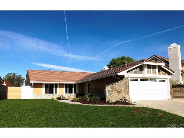 28111 Florence Lane, Canyon Country CA: