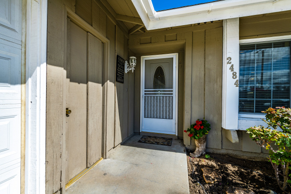 2484 Marisa Place, Simi Valley CA: