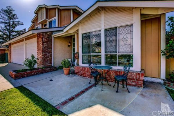 345   Appletree  Avenue , Camarillo CA: